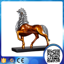 Modern design electroplating horse resin table sculpture for wholesale