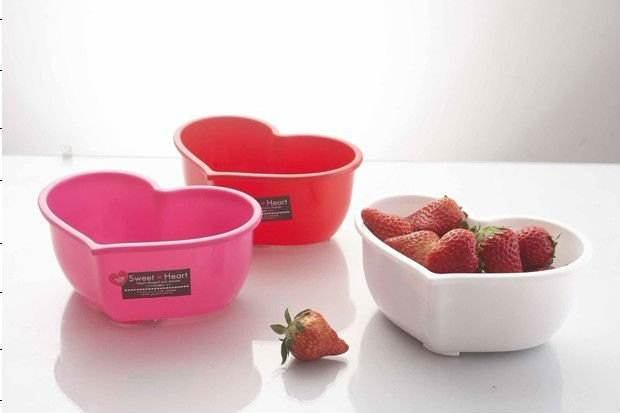 plastic heart shape / laundry fruit storage basket