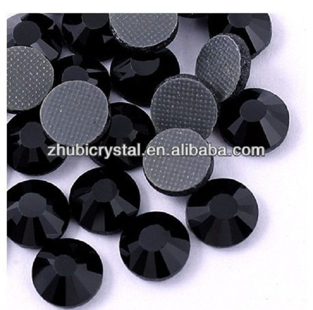 Loose Rhinestones Type and Flatback Style machine cut hot fix stones