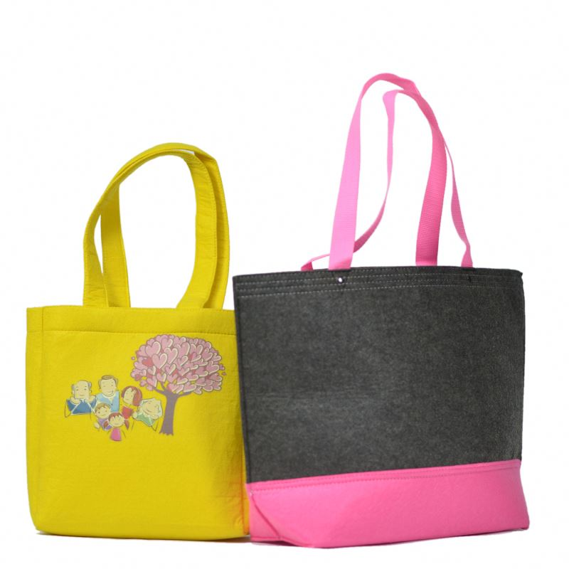 Customized Art gallery shopping bags