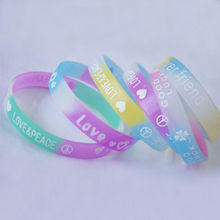 LOVE &PEACH promotional gifts silicone rubber fashion wristbands,custom rubber wristbands