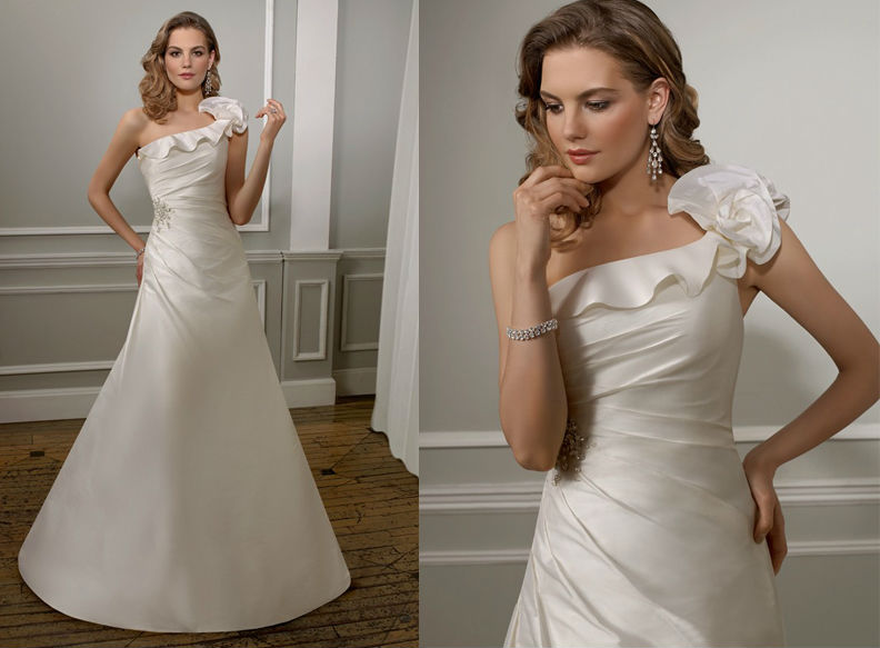 WD1561 oblique neckline and back one floral shoulder pleat bdoice A line cheap and unqiue elegant Mikado Fabric Wedding Dress