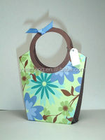 new design paper bag big handle paper bag flower design paper bag
