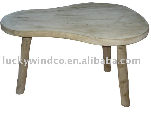 Vintage Country Handmade 3 Legs Pear Shaped Top Wooden Accent Table