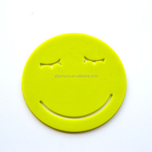 fashionable heat resistant silicone cup mat with smiling face shape