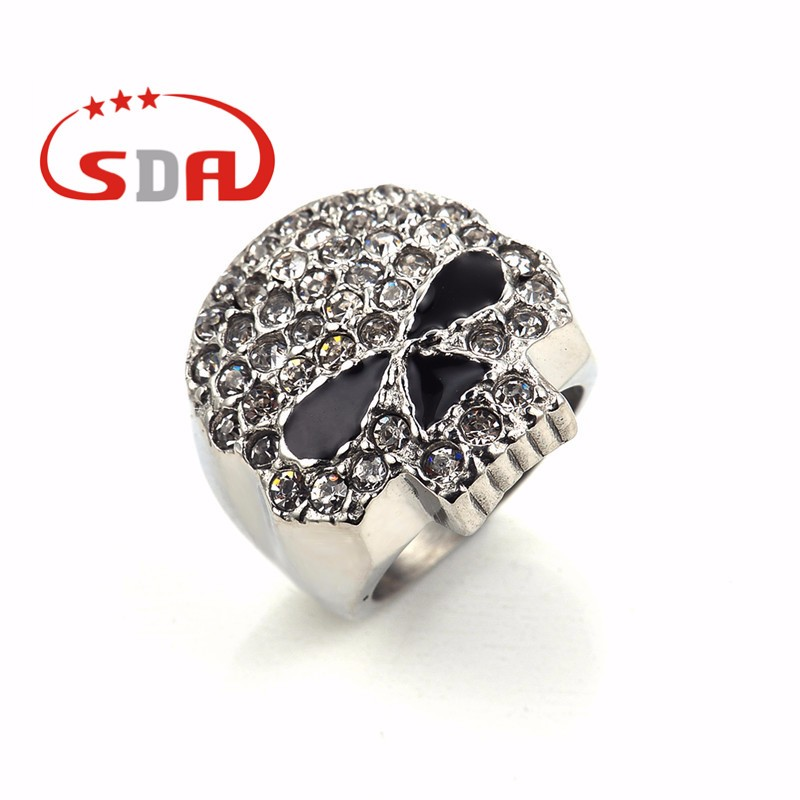 Shinny Stainless Steel Skull Ring With White and Pink Crystal Metal Wedding Ring Gift Jewelry
