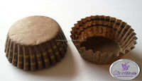 Chocolate round cake cup