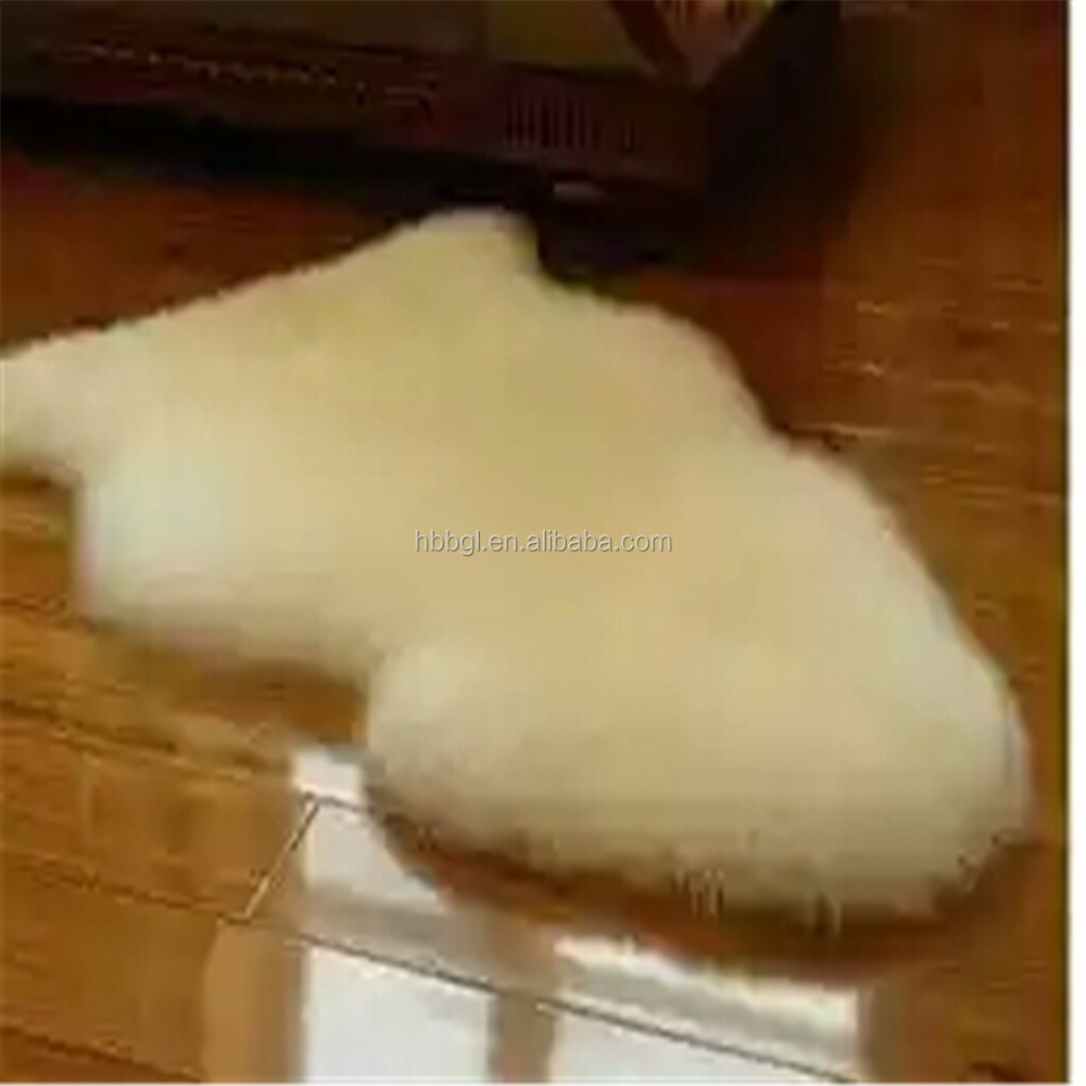 2017 the new factory wholesale beige white color Australian sheepskin rugs natural sheepskins carpet from China