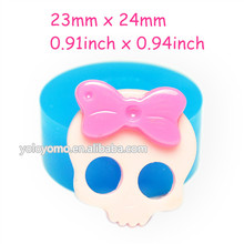 PYL059 Skull Silicone Mold with Bow Fondant Food Safe Gum Paste Icing Marshmallow Cookie Wax Cotton Candy