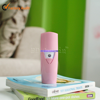 Battery powered ultrasonic humidifiers; LED humidifier mini air purifier ; Facial humidifier