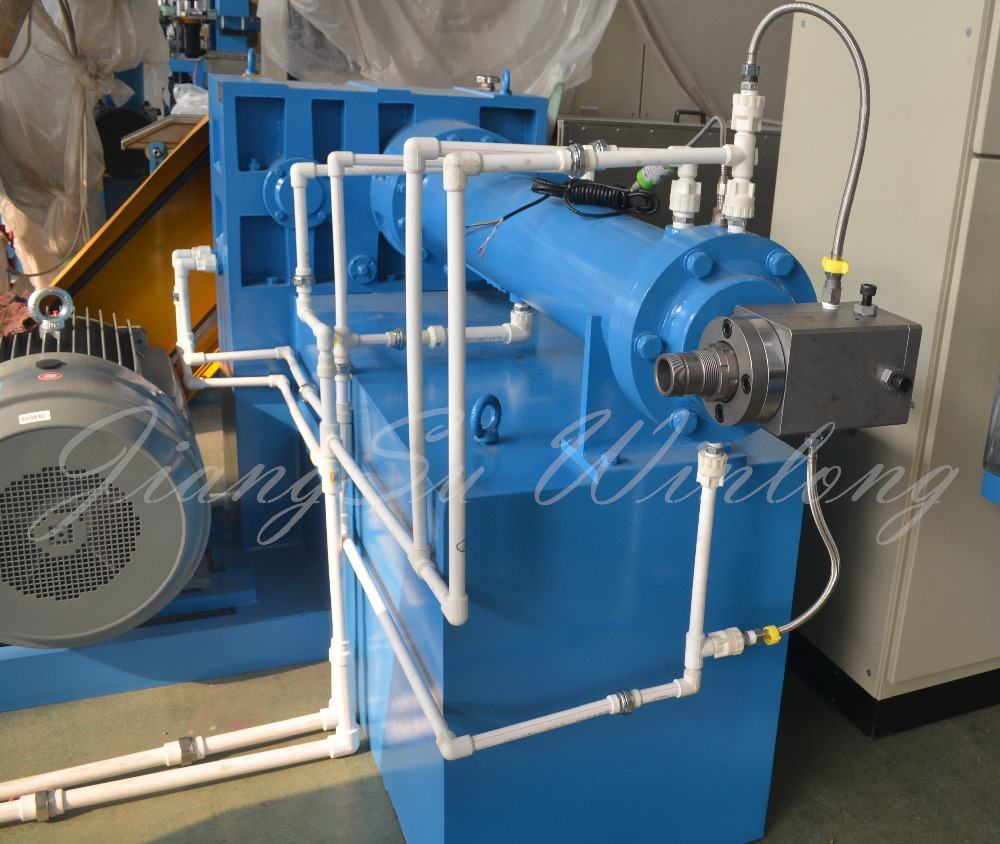 Plastic extruder equipment for cable rubber extruder machine