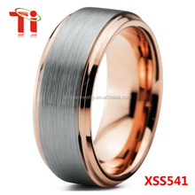 latest fashion men's tungsten carbide engagement ring design with rose gold plated and silver brushed surface 8mm