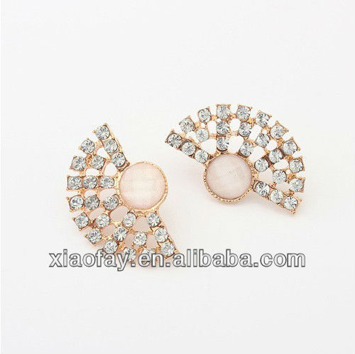 2013 New Crystal Leaves Statement Women stud earings