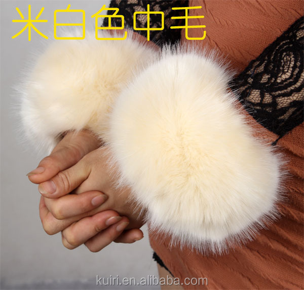 Wholesale grass hairy hand fake ring fox fur cuff cuff retaining sleeve mitts boot coat Clothing Accessories faux fur wrist cuff