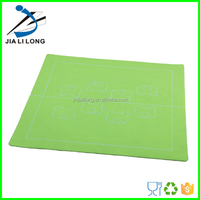 Durable food grade silicone pet food mat