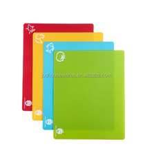 Non-Slip Flexible Plastic Cutting Board - Super Grip Chopping Board 4 Set