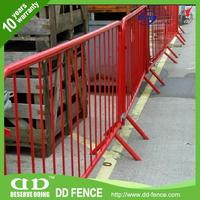 traffic control barricades / crowdmaster / crossed foot galvanized crow control