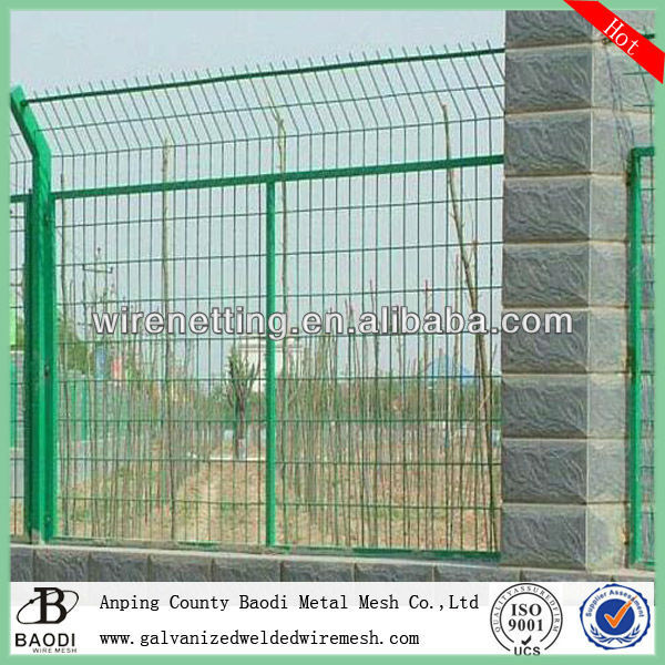 pvc coated welded mesh poultry wire fence square hole