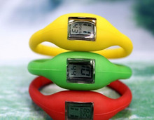 sale silicone sport watch , cheaper price promotional waterproof silicon watch with OEM logo