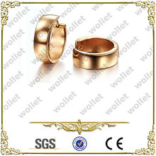 Shining Rose Gold Plated Stainless Steel Huggie Earrings Thailand Jewelry Manufacturer