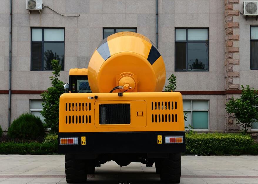 4.0m3 self loading concrete mixer,self loading mixer,concrete truck