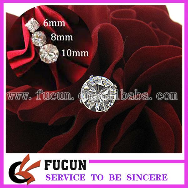 rhinestone bouquet brooch 1 .jpg