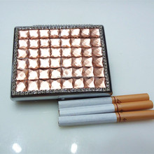 High-end men's and women's general crystal cigarette case