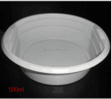 white disposable plastic salad bowl