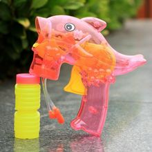 wholesale animal dolphin bubble blowers bubble gun with PET plastic type