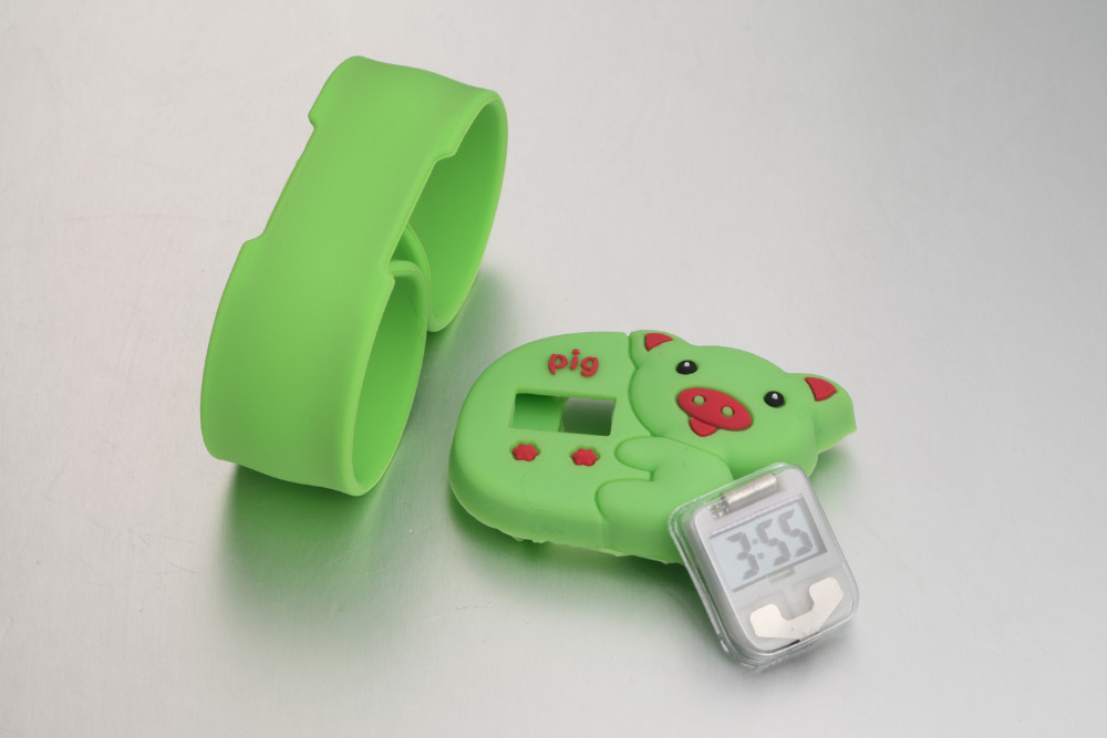 <strong>kids</strong> digital water resistant silicone slap band animal watches patent design