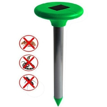 Outdoor Use solar powered sonic wave sound Vibration pest mole snake solar mice repeller