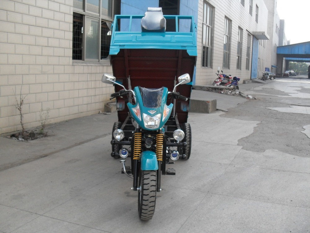 Three Wheel Cargo Tricycle / Motor Cycle 150cc 200cc 250cc High Quality