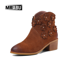 2017 newest design genuine leather flower women winter shoe boot
