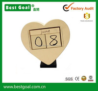Fashion Decorative Table Pieces Wood Calendar desktop calendar heart shape lovely