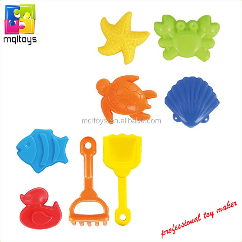 Beach playing toy sand shovel with sand mould for kids