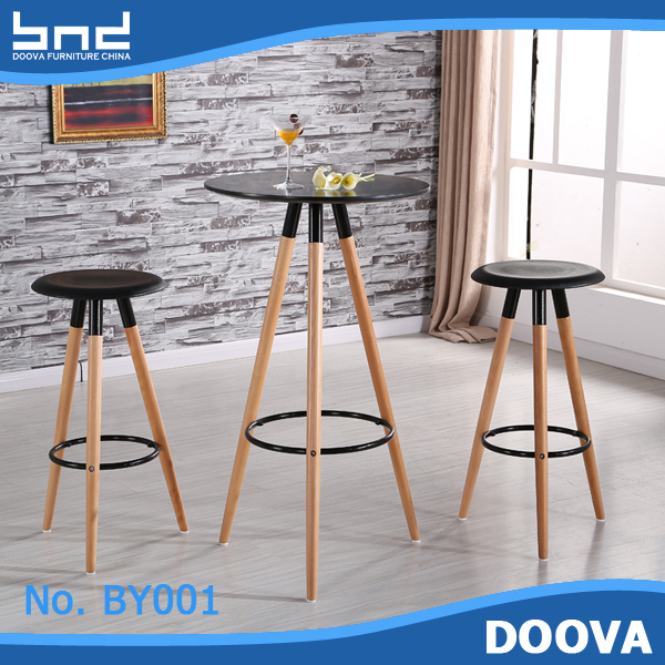 Plastic and wood bar stool high chair