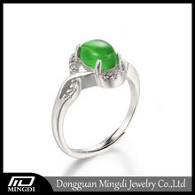 2016 Latest design White gold plated Opal eye-catching jade silver ring