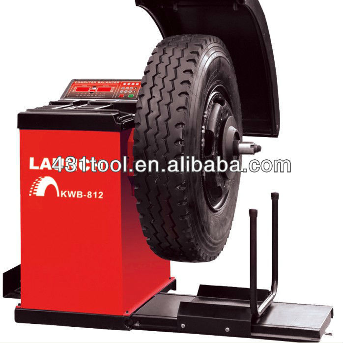 LAUNCH KWB-812 truck wheel balancer