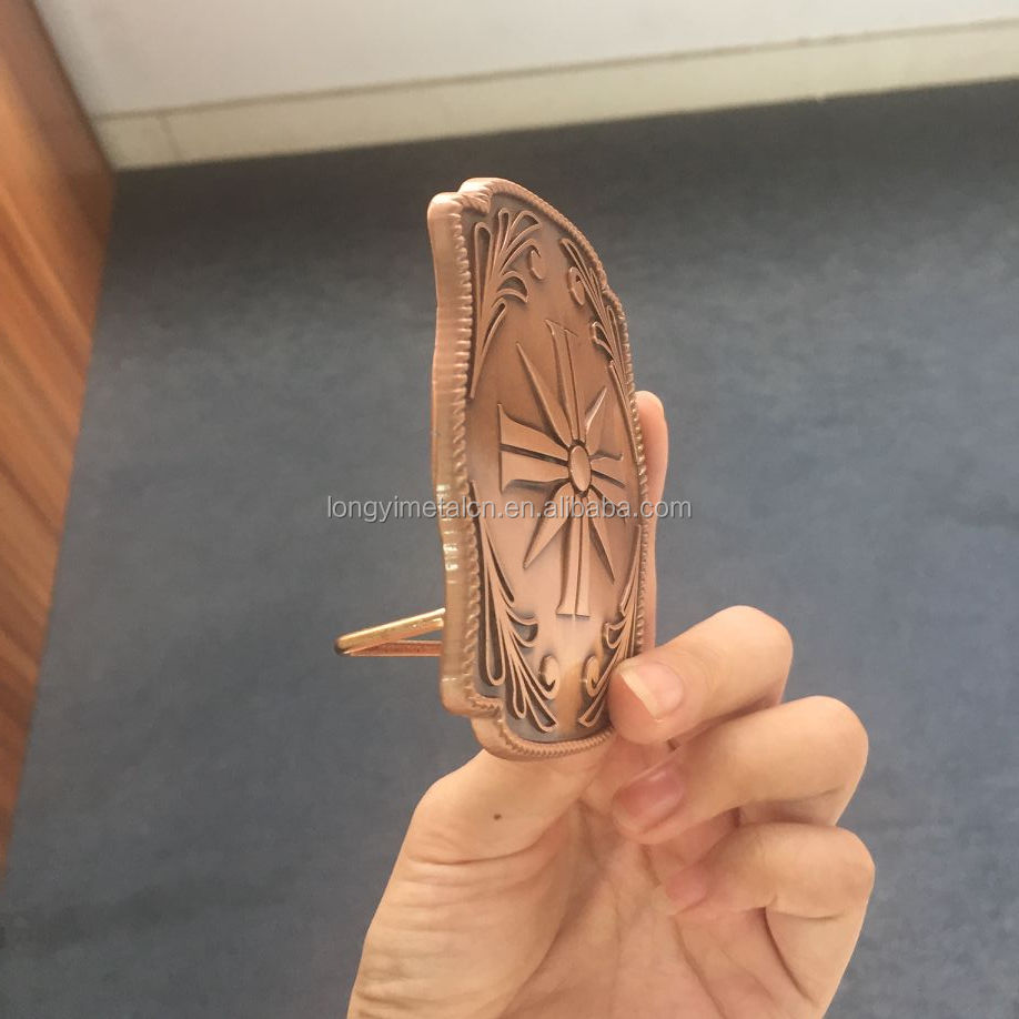 Zinc alloy made of ancient red copper belt buckle, no mold costs