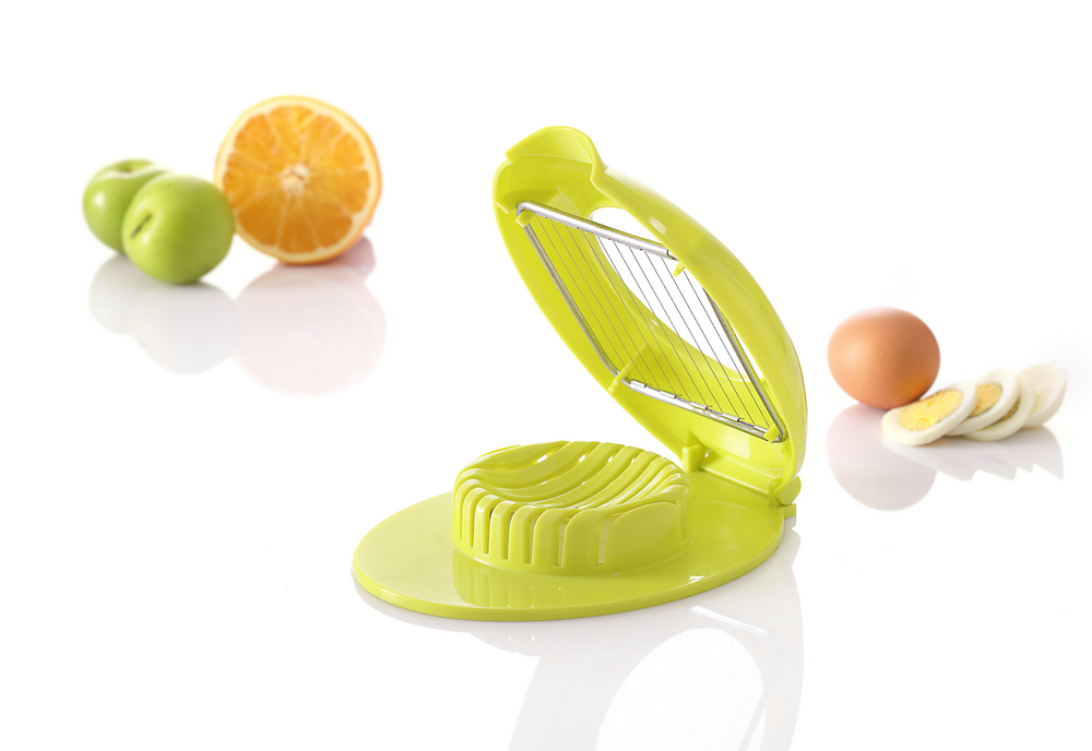 ABS+S/S 17*13*3.6 High quality kitchen gadgets plastic egg slicer