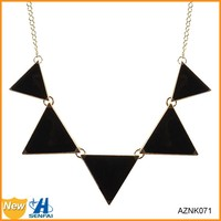 2015 Black enamel geometry triangle shape statement necklace, wholesale chunky statement necklace in china