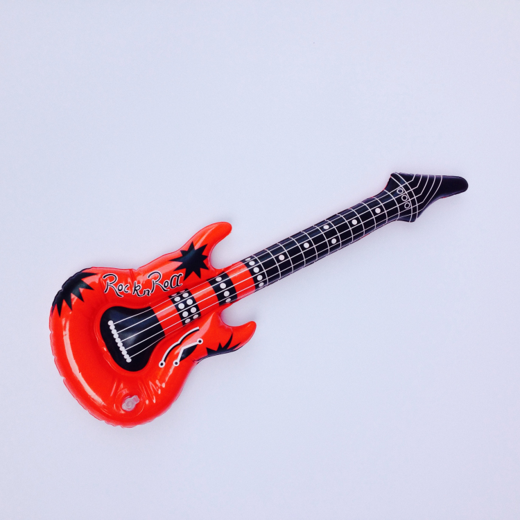 Custom mini plastic inflatable guitar for promotion