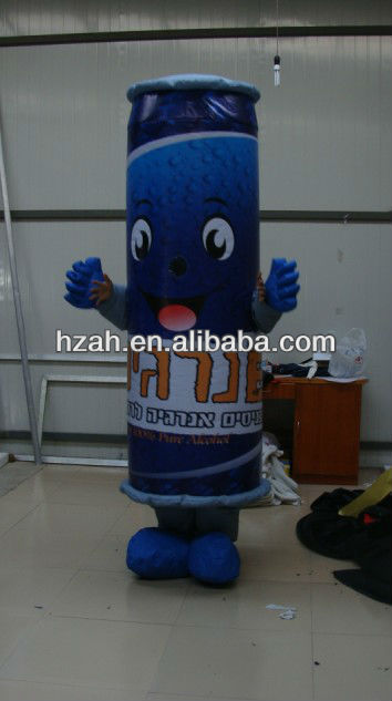 moveable inflatable can model for advertisement