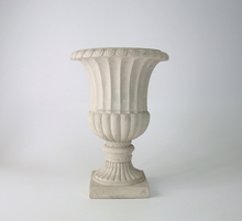 Faux European Fiber Clay Antique Pots and Urns for Outdoor Decoration