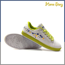 Hot sale breathable soft promotional all season usa sneaker wholesale