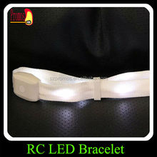 Cool led distant contrl wristband bangle for concert favor