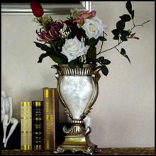 USA Hotel Selling Wholesale Resin Shell Vase Flower With White Home Furniture Decoration Items Small MOQ Also Welcome