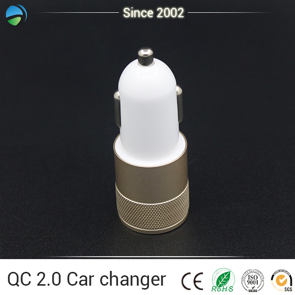 Wholesale Hot Car Accessories Wireless Car Charger Cellphone 12 Volt Battery Charger