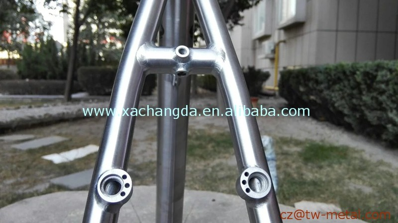 Titanium mountain bicycle frame customized Ti mtb bike frame taper head tube moutain bike frame