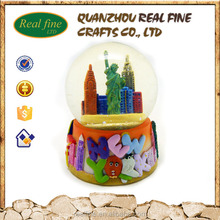 custom high quality New York souvenirs glass snow globe wholesale